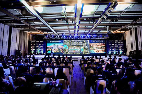 Hơn 700 Chuyên viên Kinh Doanh chăm chú lắng nghe về dự án mới