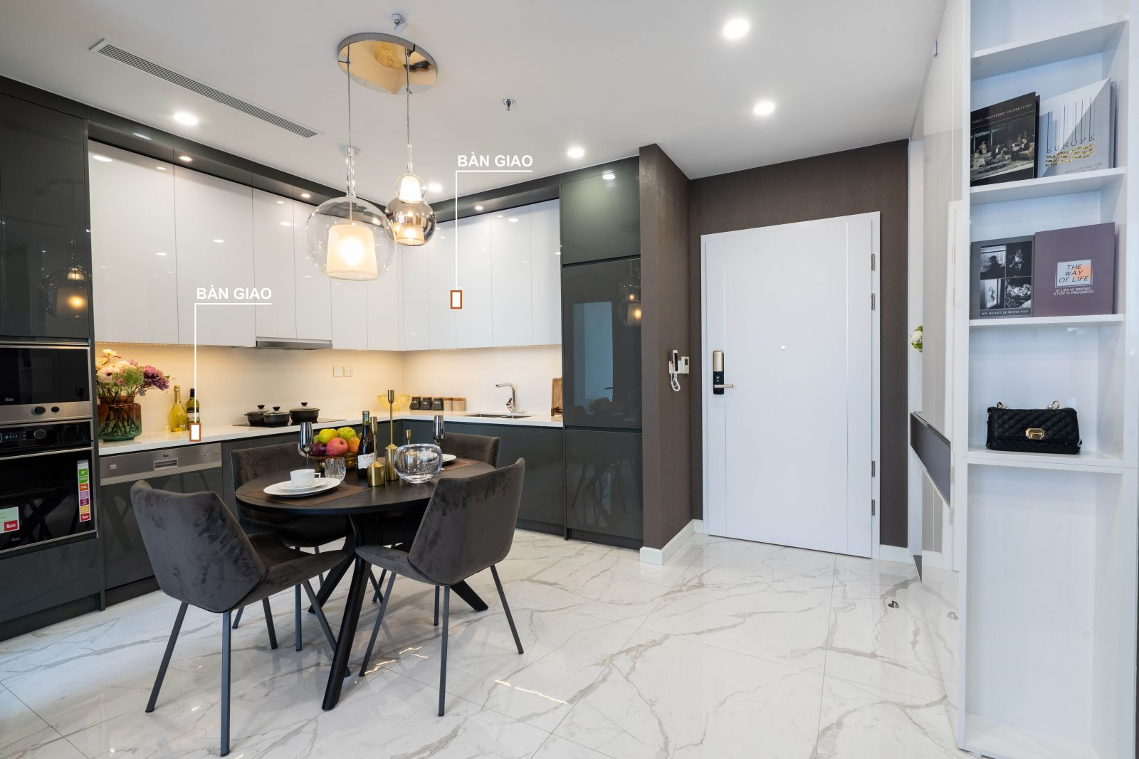 khu vực bếp nhà mẫu căn hộ 2PN sunshine Horizon